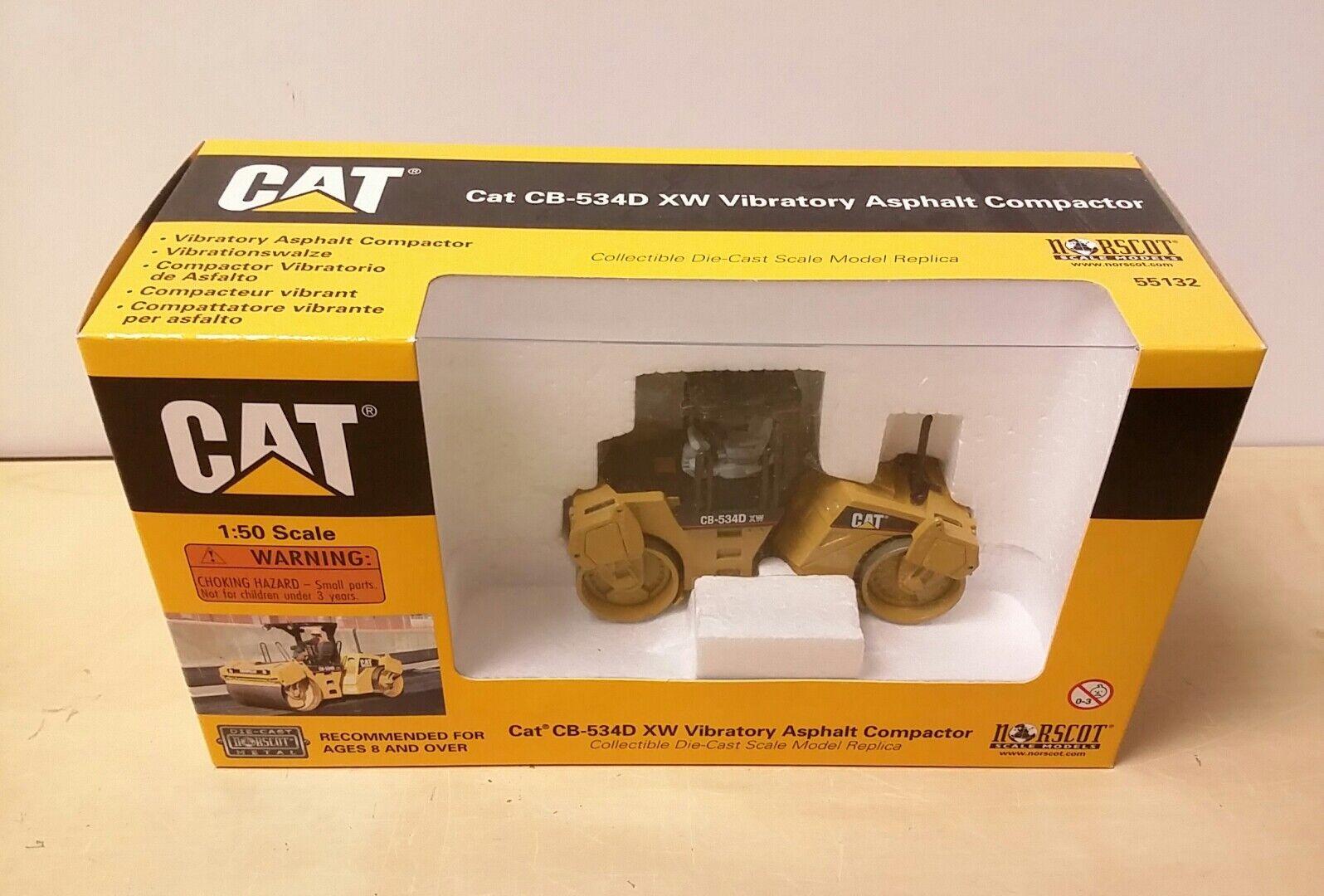Norscot Caterpillar CB-534D XW Vibratory Asphalt Compactor Brand New 1 50 Scale