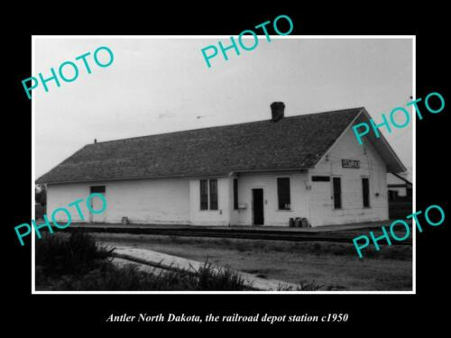 OLD 6 X 4 HISTORIC PHOTO OF ANTLER NORTH DAKOTA, THE RAILROAD STATION c1950