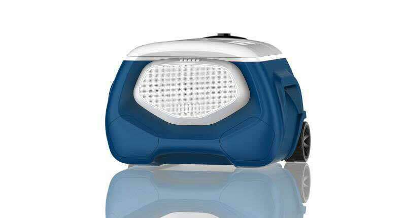 MaxCold New Island 28L Rolling Music Cool Box with led Roller cooler with music
