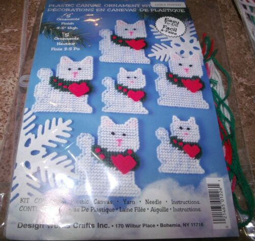 "Design Works CHRISTMAS CAT  Ornaments Plastic Canvas Kit Makes 12 3/"" to 5/"" Tall"