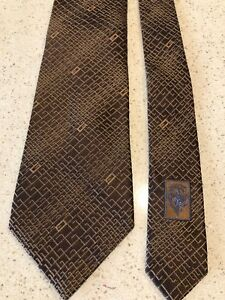 9ebb10990 GUCCI Italy 100% Silk Jacquard Tie Chocolate