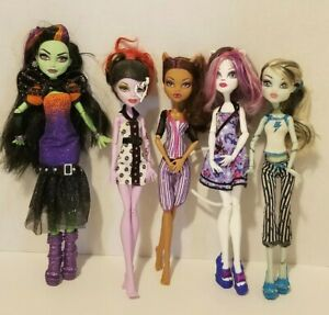 Lot-of-5-Monster-High-Dolls-with-outfits