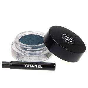 Chanel-Illusion-D-039-Ombre-Long-Wear-Luminous-Eyeshadow-126-Griffith-Green
