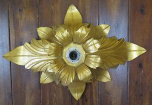 Lampadario plafoniera dorata forma di fiore soffitto applique parete