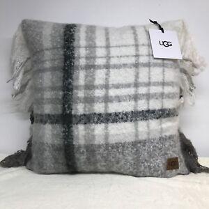 Groovy Details About Ugg Australia Oversized Pillow Throw Sofa Bed 20 X 20 Long Beach Plaid White Creativecarmelina Interior Chair Design Creativecarmelinacom