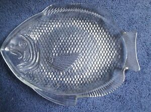 Clear glass fish shaped dinner plate ebay for Fish shaped plates