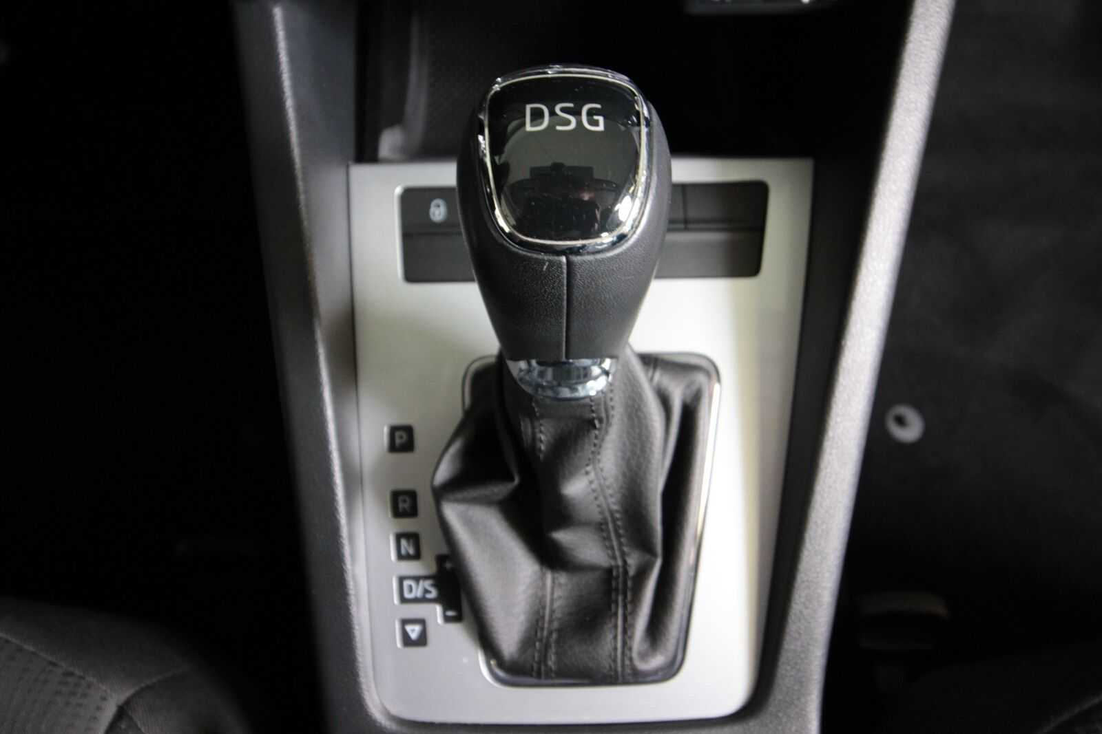 Skoda Octavia TDi 110 Style Combi DSG Van