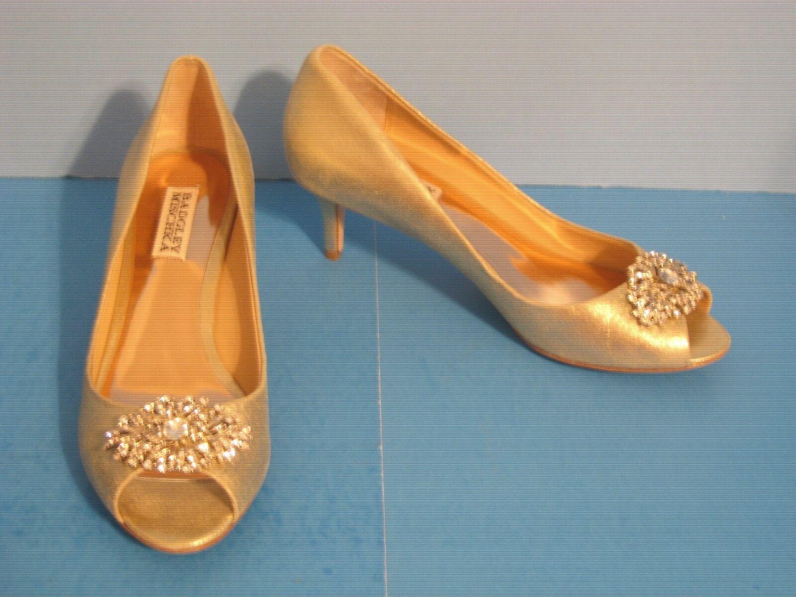 il prezzo più basso NIB Badgley Badgley Badgley Mischka Layla Platino Metallic Jeweled Peep Toe Kitten Heel Pumps 8  gli ultimi modelli