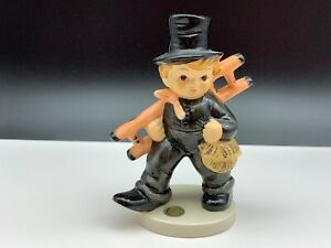 Goebel-Figurine-Sweep-5-1-8in-Top-Condition