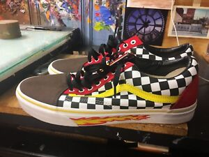 a2c1bf666a Image is loading Vans-Old-Skool-Customs-Checkerboard-Black-Flame-Wall-