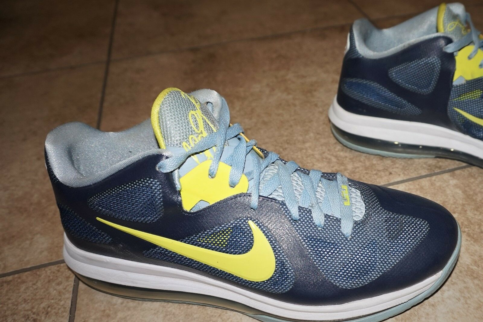 Nike Lebron 9 Low Basketball RunningTraining Easter Obsidian Shoes Men's Size 10