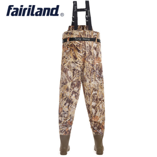 Camouflage chest waders w// stockingfoot wading boots pants fly fishing accsssary