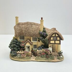 Lilliput-Lane-Buttermilk-Farm-L2099-BOXED-WITH-DEEDS