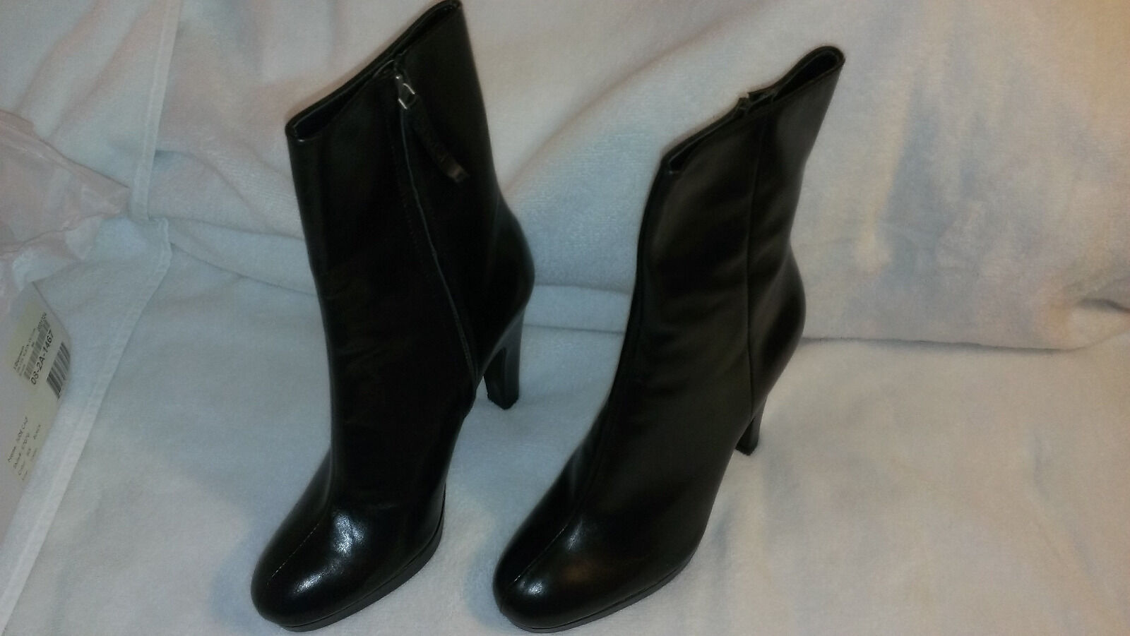 NEW Womens Calvin Klein CK Jude Calf Black Leather Mid- High Heel Boots 10M NIB