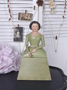 Schmuckkaestchen-Deckeldose-Antik-Puppe-Frauenskulptur-Shabby-Figur-Schatulle