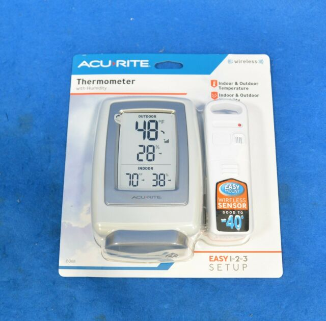 AcuRite 0611 Wireless Indoor Outdoor Thermometer & Hygrometer