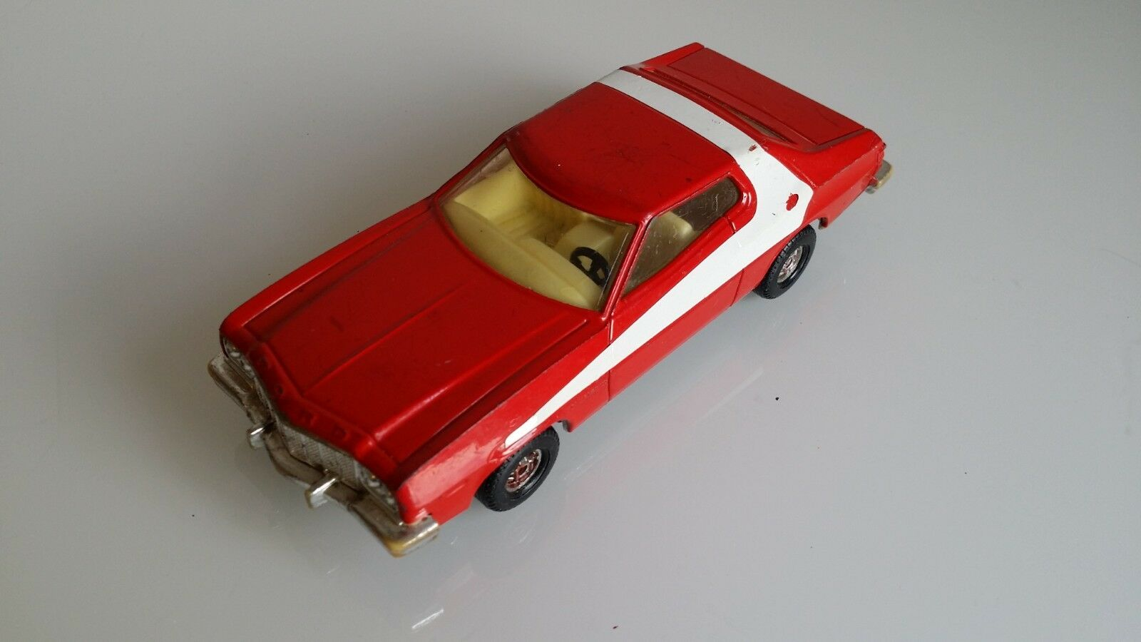 Corgi Ford Gran Torino Starsky & Hutch 292