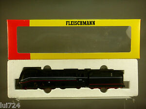 FLEISCHMANN-HO-SCALE-4171-STREAMLINED-4-6-2-STEAM-LOCO-TENDER-BR-03-DRG-Ep-II