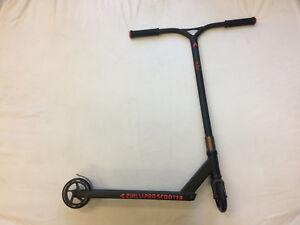 Chilli-Blunt-Envy-Custom-Stunt-Scooter-120mm-IHC-Dialed-Black
