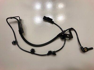 MN116243 New ABS Wheel Speed Sensor OEM# 4670A579 Rear Left Driver Side