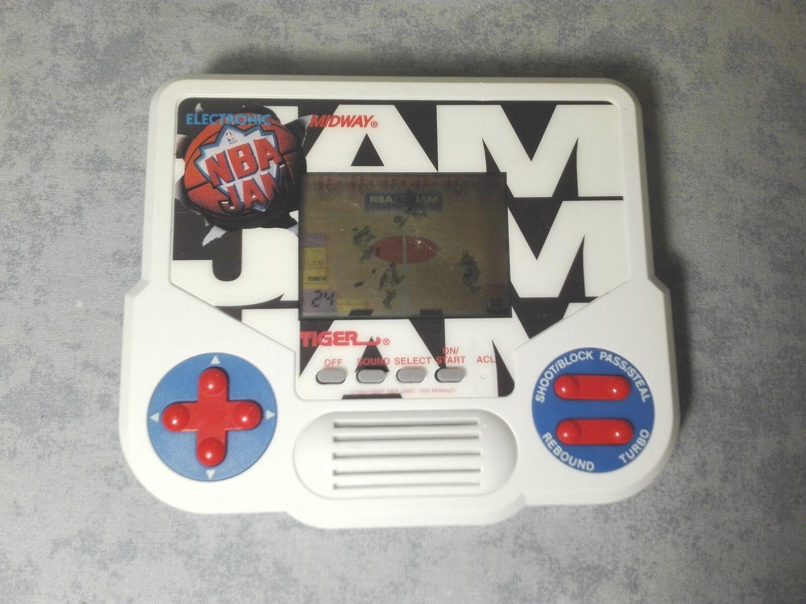 GIG TIGER ELECTRONIC NBA JAM GAME & WATCH HANDHELD CONSOLE LCD SCREEN - FUNZIONA
