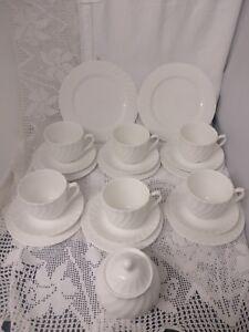 Vintage-White-Tea-Set-Service-For-6-Fluted-Trios-Lidded-Sugar-Bowl-Cake-Plate