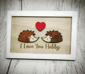 Personalised-Wooden-Frame-Picture-Hedgehogs-Love-Valentine-039-s-Gift