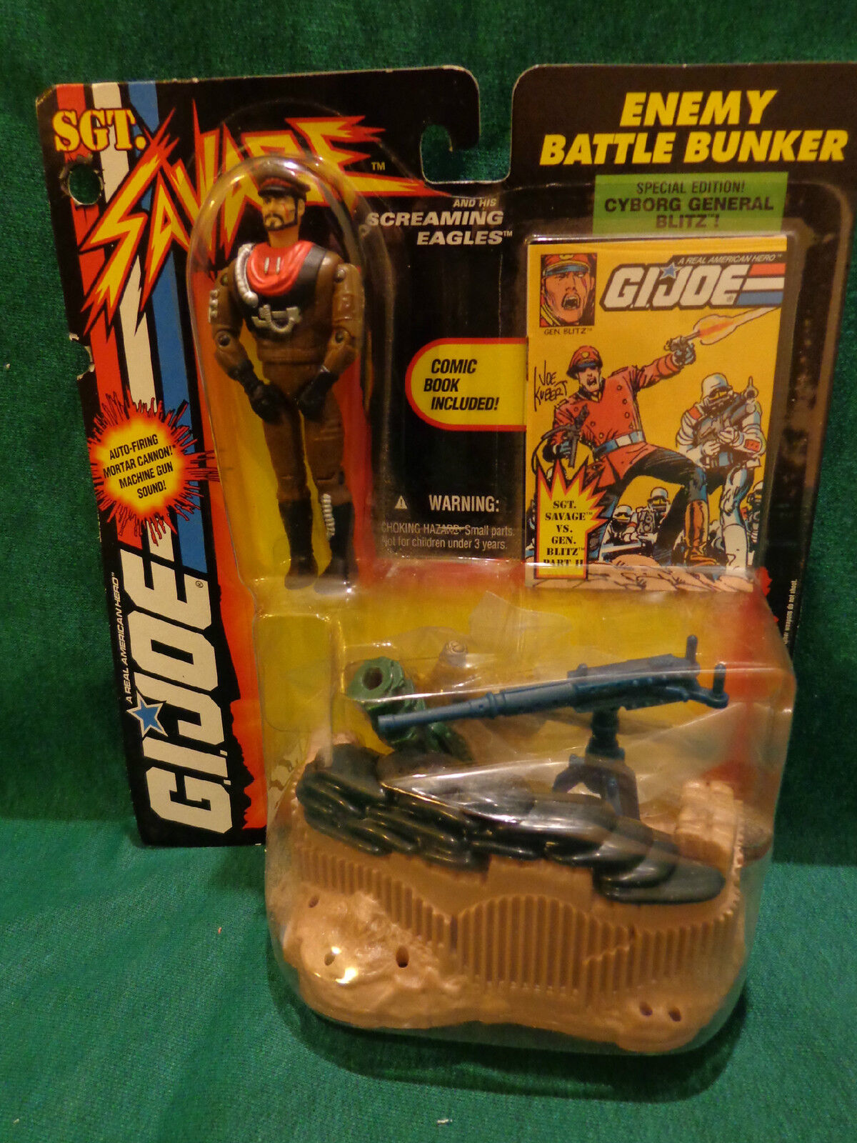 Gi Joe 5  figure Sgt Savage Enemy Battle Bunker and his Screaming Eagles Rare