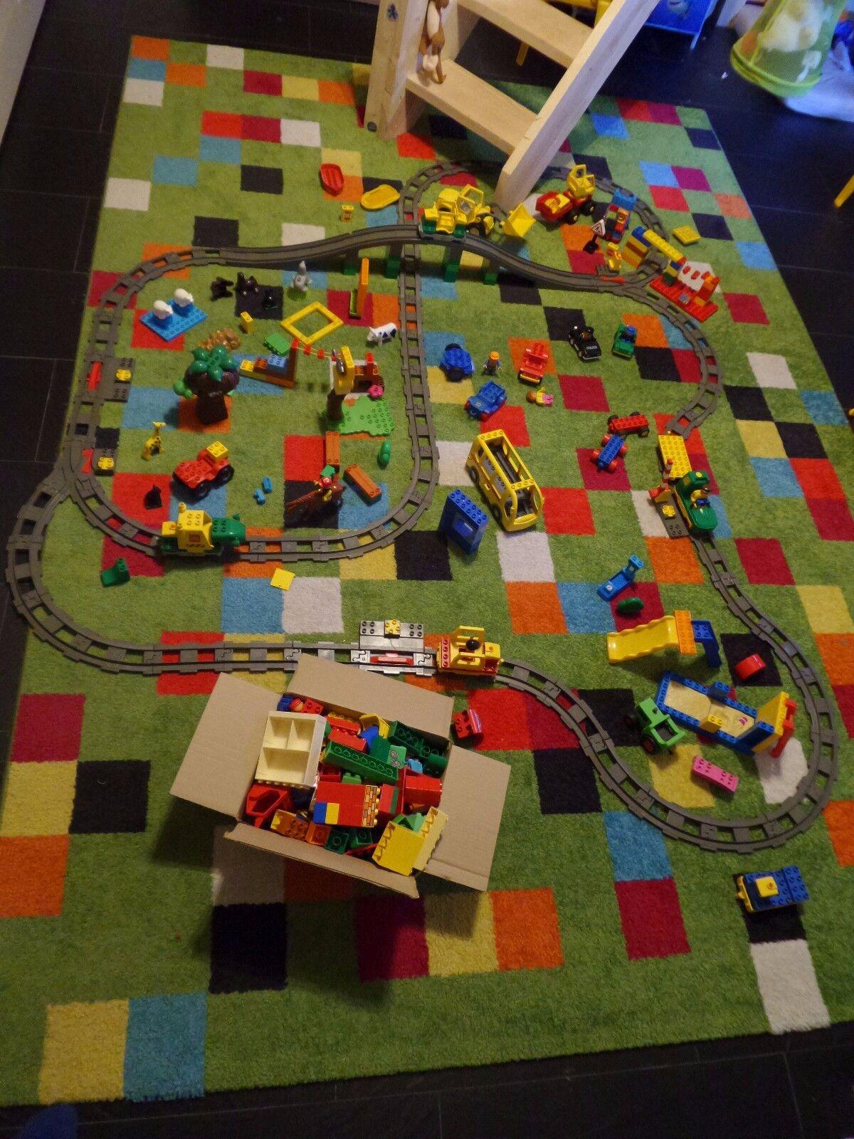 Lego Duplo Eisenbahn elektrisch Start Stop Radlader, Lkw..