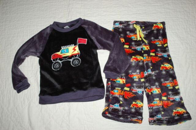 d62497dddeb4 Toddler Boys Pajamas Set Monster Trucks Black Gray L s Fleece Top ...