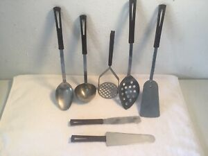 Set-Of-7-Vintage-Stanley-Stanhome-Stainless-Utensils-Bakelite-Handles