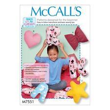 McCall's pattern cucito imparare a cucire per divertimento lettera CUSCINI GUANCIALI m7551