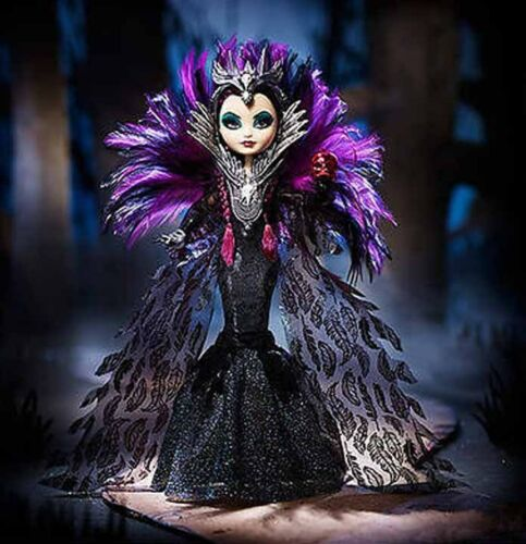 COMIC CON EVER AFTER Raven QUEEN doll BEAUTIFUL