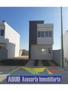 Casa en venta en Residencial Hacienda Pomoca en Campeche, Campeche, 2 recámaras