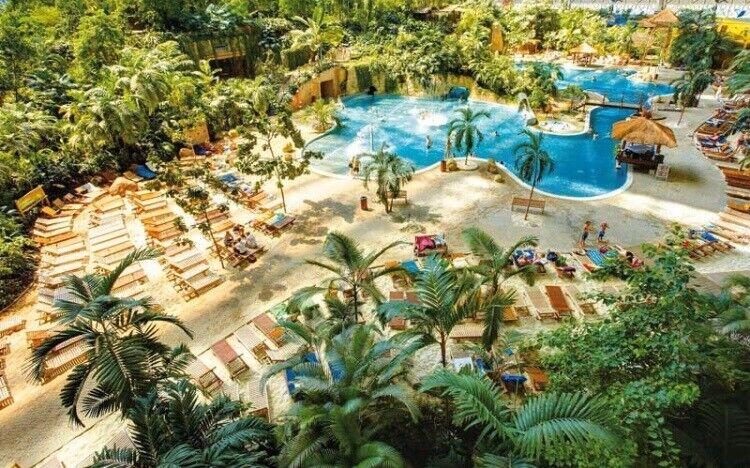 Tropical Island i Tyskland. To voksenbilletter...