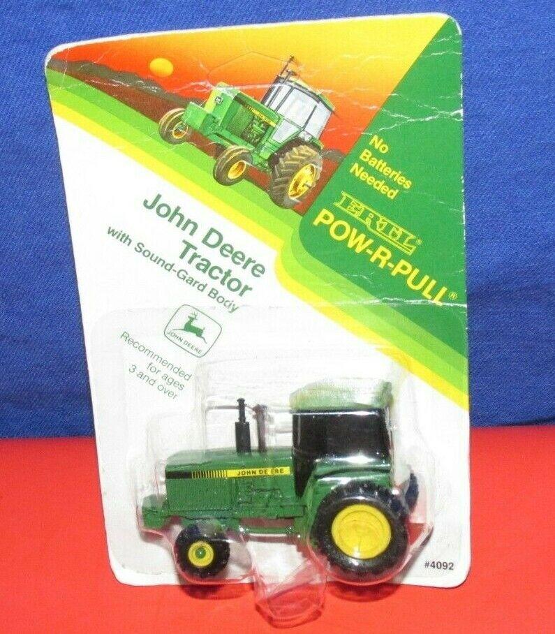 1//64 ERTL JOHN DEERE 7200R 4WD TRACTOR
