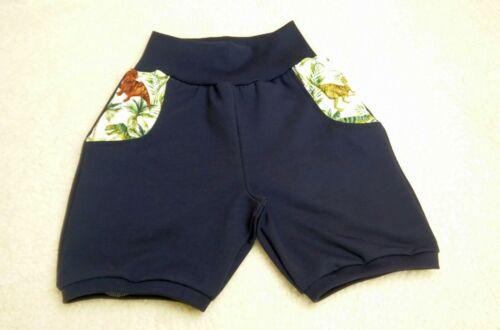 Shorts handmade nachtblau mit Vordertaschen aus Dinosaurierjersey