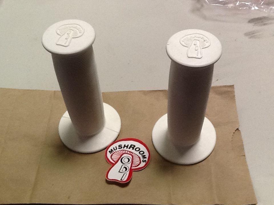 NEW bmx Freestyle  WHITE ODI mushroom grips SE CW GT dg redline hutch vintage