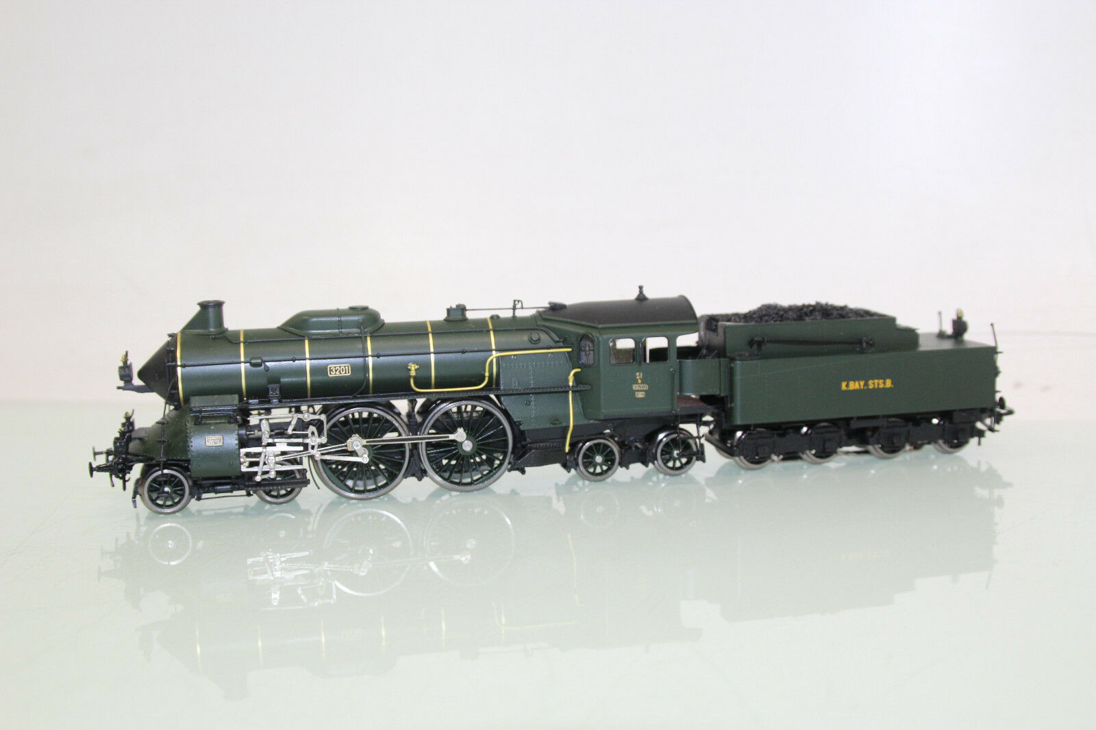 Trix Fine-Art h0 42220 máquina de vapor s 2 6 de la K. Bay. STS. B. en caja de madera embalaje original (sl5316)