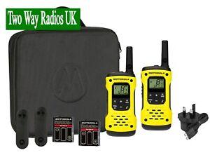 WALKIE-TALKIES-TWO-WAY-RADIOS-LICENCE-FREE-MOTOROLA-T92-H2O-TWIN-PACK-CASE