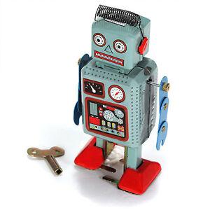 Vintage-Mechanical-Clockwork-Wind-Up-Metal-Walking-Radar-Robot-Tin-Toy-Kids-DSUK