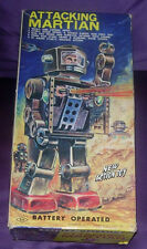 SH  HORIKAWA  ATTACKING MARTIAN  ASTRONAUT ROBOT  BOXED  1960'S  TIN  JAPAN