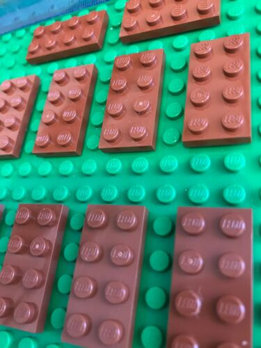 Rare Colour LEGO Sale 10 x BROWN 4 pin x 2 pin Flat Plate Building Bricks
