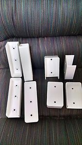 Vinyl Fence Rail Mounting Bracket Wall Mount 1 1 2 Quot X 5 1 2 Quot Pvc 4 Pack Usa Ebay