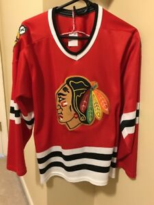 buy popular 613b4 cc304 Details about RARE VINTAGE CHICAGO BLACKHAWKS JERSEY SIZE M CCM RED SEWN  NHL HOCKEY