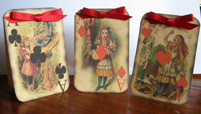 Alice in Wonderland playing tent cards table decoration scrapbooking party favor