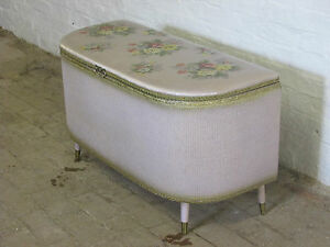 Vintage-Lloyd-Loom-Style-Lilac-Gold-and-Floral-Lidded-Blanket-Box-or-Ottoman