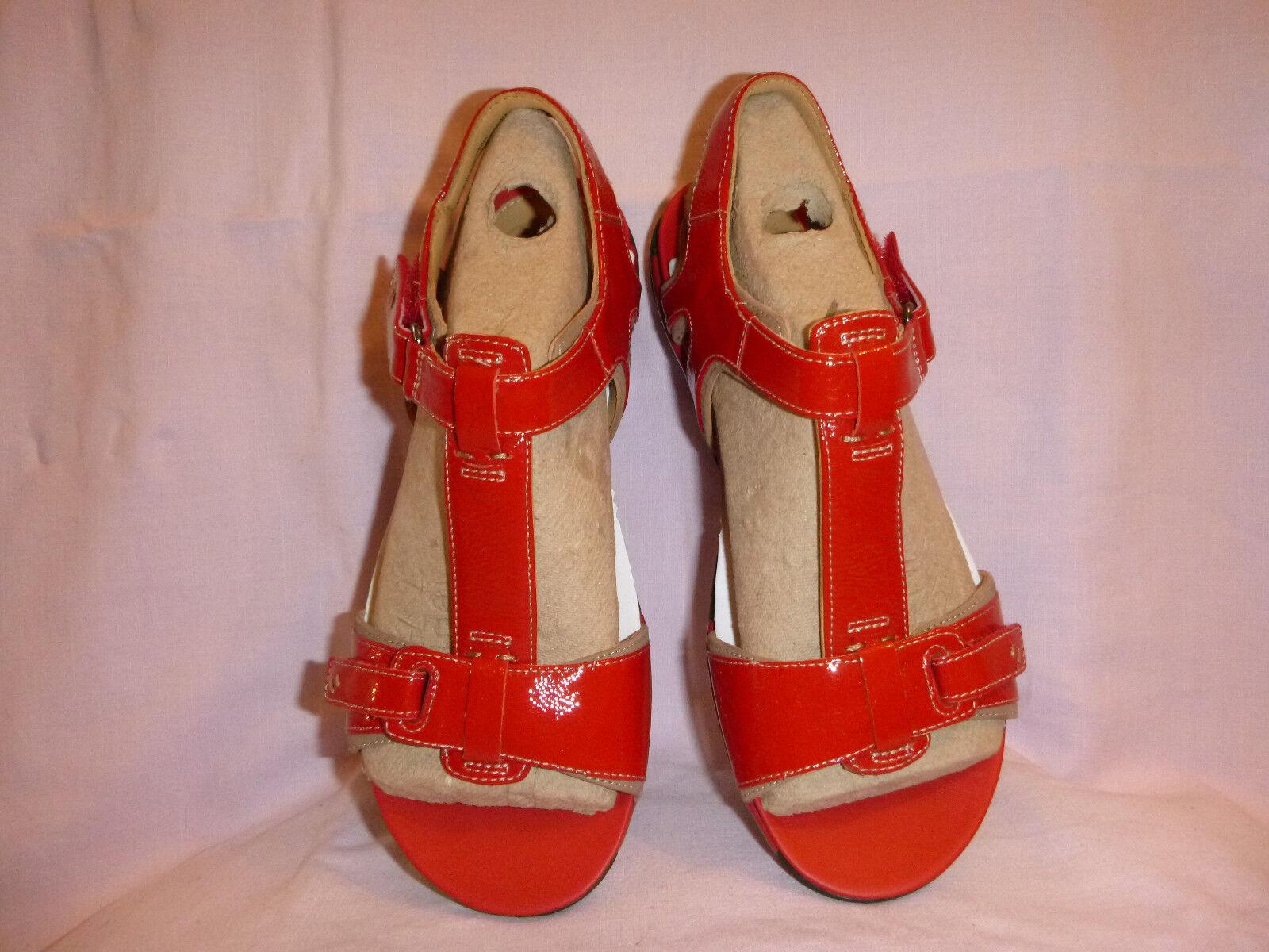 NEU  Clarks- rote Sandale Lack-Leder Gr.4(37) Abs-3(1,5)