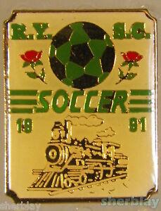 VTG-Soccer-Ball-Sports-TRAIN-RY-SC-SOCCER-1991-90-039-s-Hat-Pin-Badge-Pinback