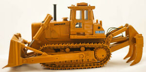 Details about CCM Dresser TD-40B Track Type Bulldozer 1:48 w/ Cab and  Ripper 1994